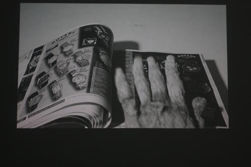 Videostill - Argos hand
